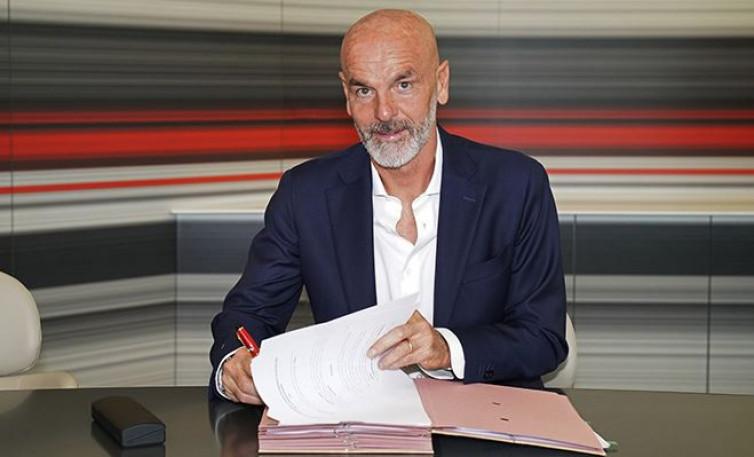 Masa Depan Stefano Pioli di AC Milan Bergantung Satu Syarat