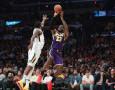 Hasil NBA: Juara Bertahan Kandas, Lakers Raih Kemenangan Perdana