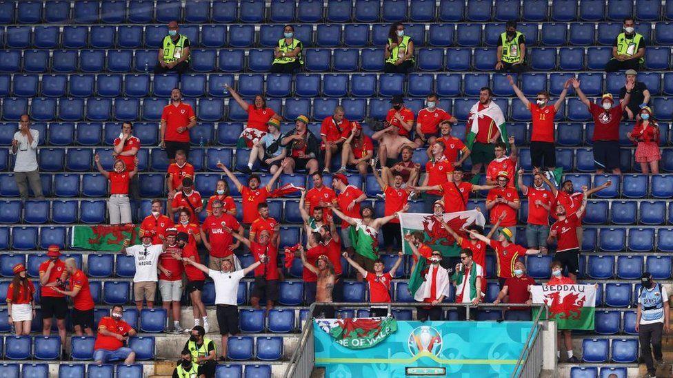 Suporter Wales Tak Boleh Masuk Belanda