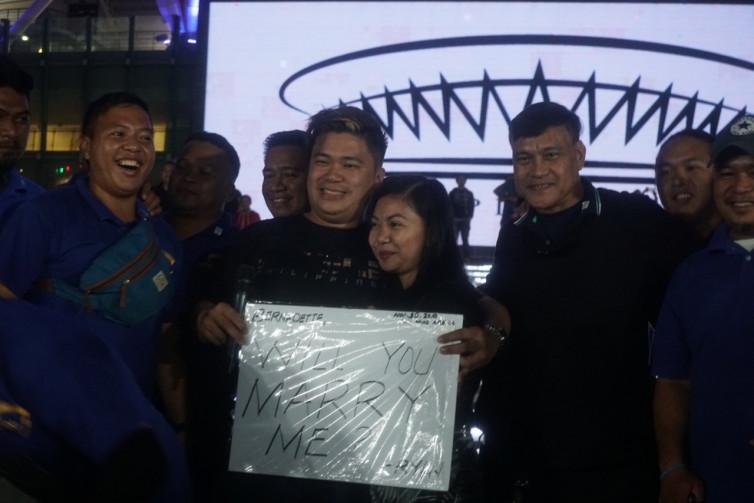 Pasangan Filipina Mengikat Janji Suci di Seremoni Pembukaan SEA Games 2019