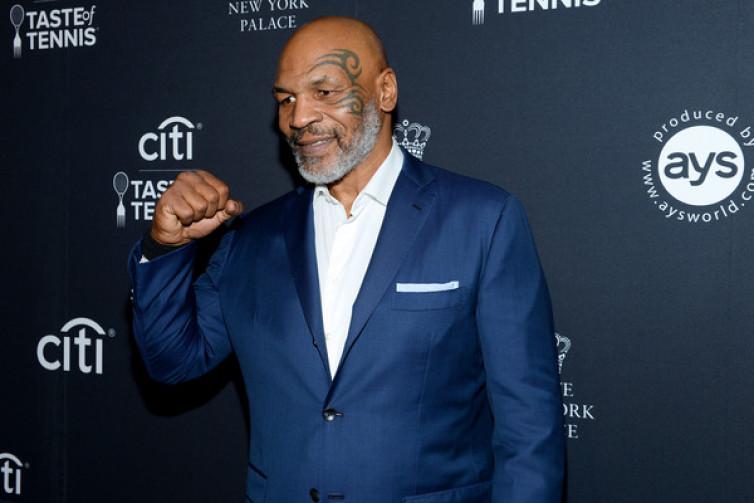 Mike Tyson Tantang Petinju Muda Pecahkan Rekornya