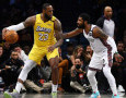 Hasil NBA: Triple-Double LeBron James Bawa Lakers Kalahkan Nets yang Diperkuat Kyrie Irving