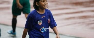 Putri Pelatih Bali United Turut Warnai Turnamen Sepak Bola Wanita Bengawan Cup III