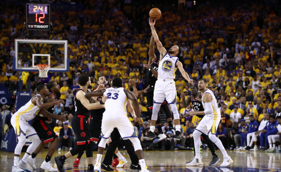 Final NBA 2019: Walau Kevin Durant Cedera Lagi, Warriors Tunda Pesta Raptors