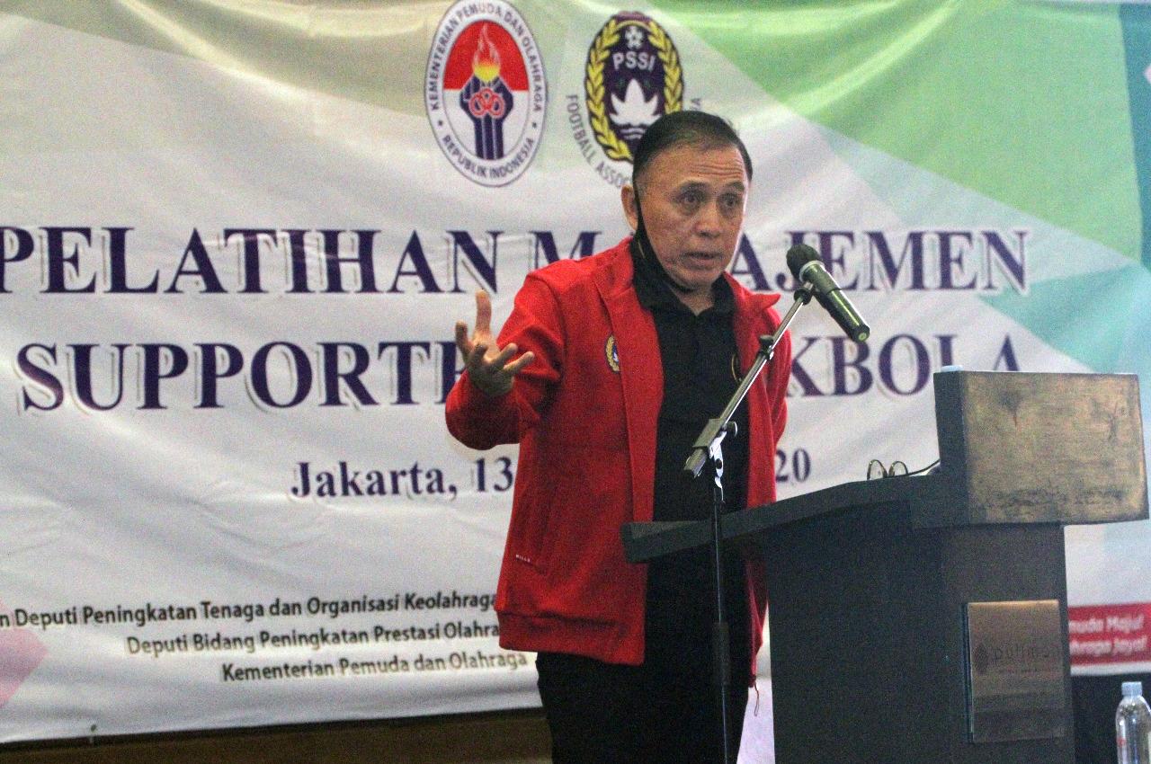 Imbauan Ketua Umum PSSI untuk Suporter saat Liga 1 2020 Digelar