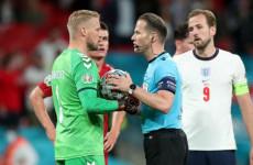 Mantan Wasit FIFA Bicara Tentang Kontroversi di Laga Inggris Vs Denmark