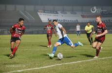 Pelatih Persib Anggap Bali United Mainkan Sepak Bola Negatif