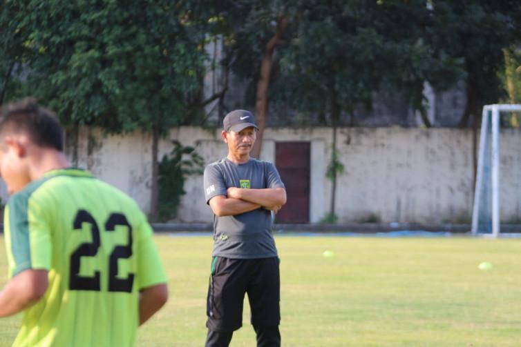 Dihadapkan Jadwal Padat Bulan Juni, Djanur Genjot Fisik Pemain Persebaya