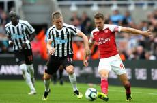 Dikaitkan dengan Barcelona dan Juventus, Aaron Ramsey Diminta Fokus Hadapi Watford