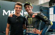 Berlomba di Italia, Lando Norris Gunakan Helm Spesial Bertema Valentino Rossi