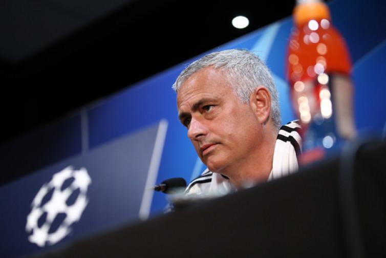 Bukan Zinedine Zidane, Jose Mourinho Pilihan Pertama Real Madrid