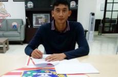 Persija Jakarta Resmikan Kiper Timnas U-19 Sebagai Rekrutan Baru