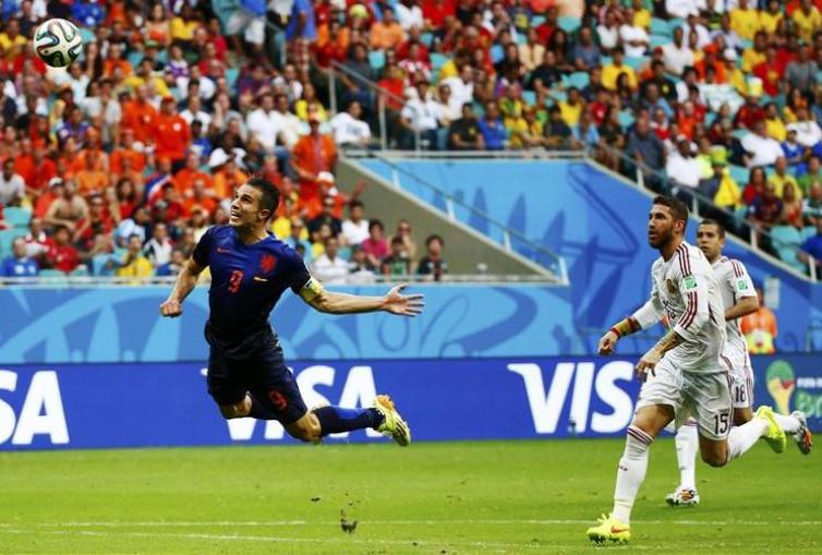 Piala Dunia 2014, Gol Bersejarah Van Persie, dan Akhir Era Tiki-Taka Spanyol