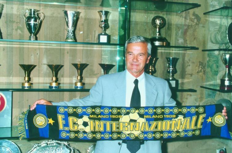 Pelatih Inter Milan yang Persembahkan Gelar Piala UEFA 1998 Meninggal Dunia