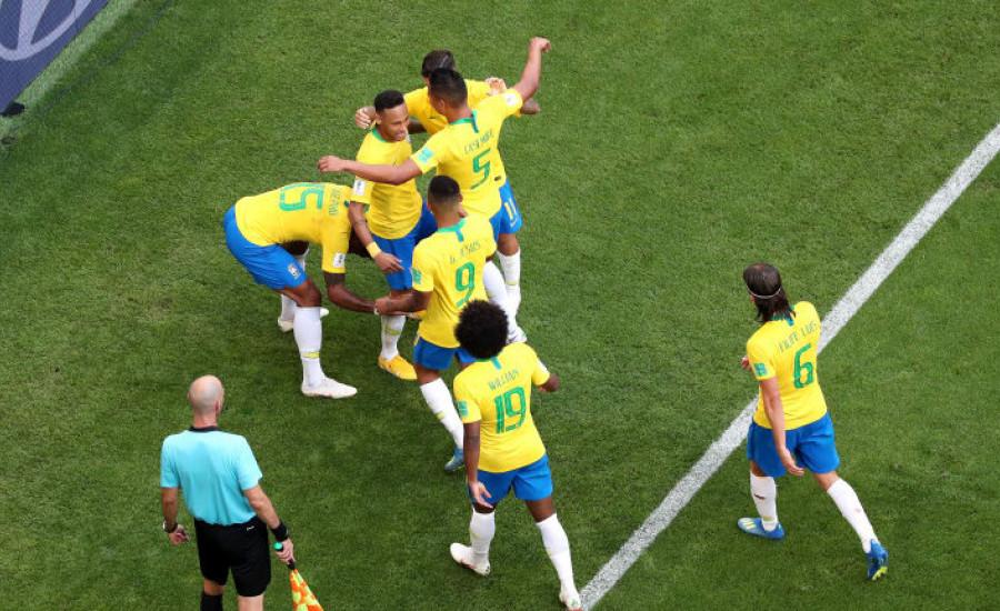 Brasil 2-0 Meksiko: Neymar dan Roberto Firmino Cetak Gol, Selecao Lolos ke Perempat Final