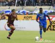 Nama Ezechiel N'Douassel Hilang dalam Daftar Pemain Persib Bandung