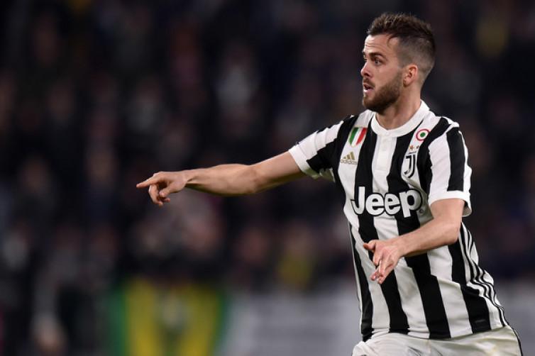 Miralem Pjanic Tak Sabar Nantikan Pengumuman Pelatih Anyar Juventus