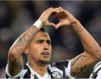 Hattrick Arturo Vidal Buka Peluang Juventus ke Fase Knock-Out