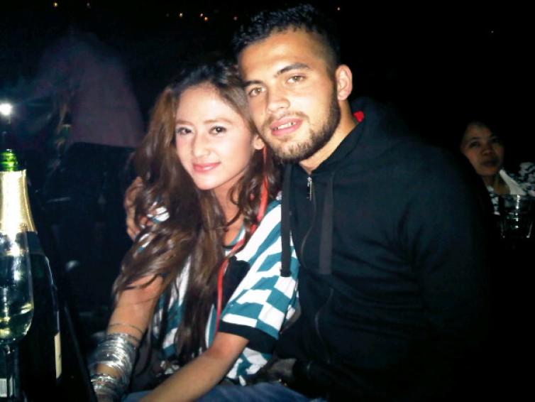 Dewi Persik Menyukai Pria Kuat & Jantan Seperti Diego Michiels