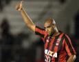 Adriano Akan Bermain di Serie B